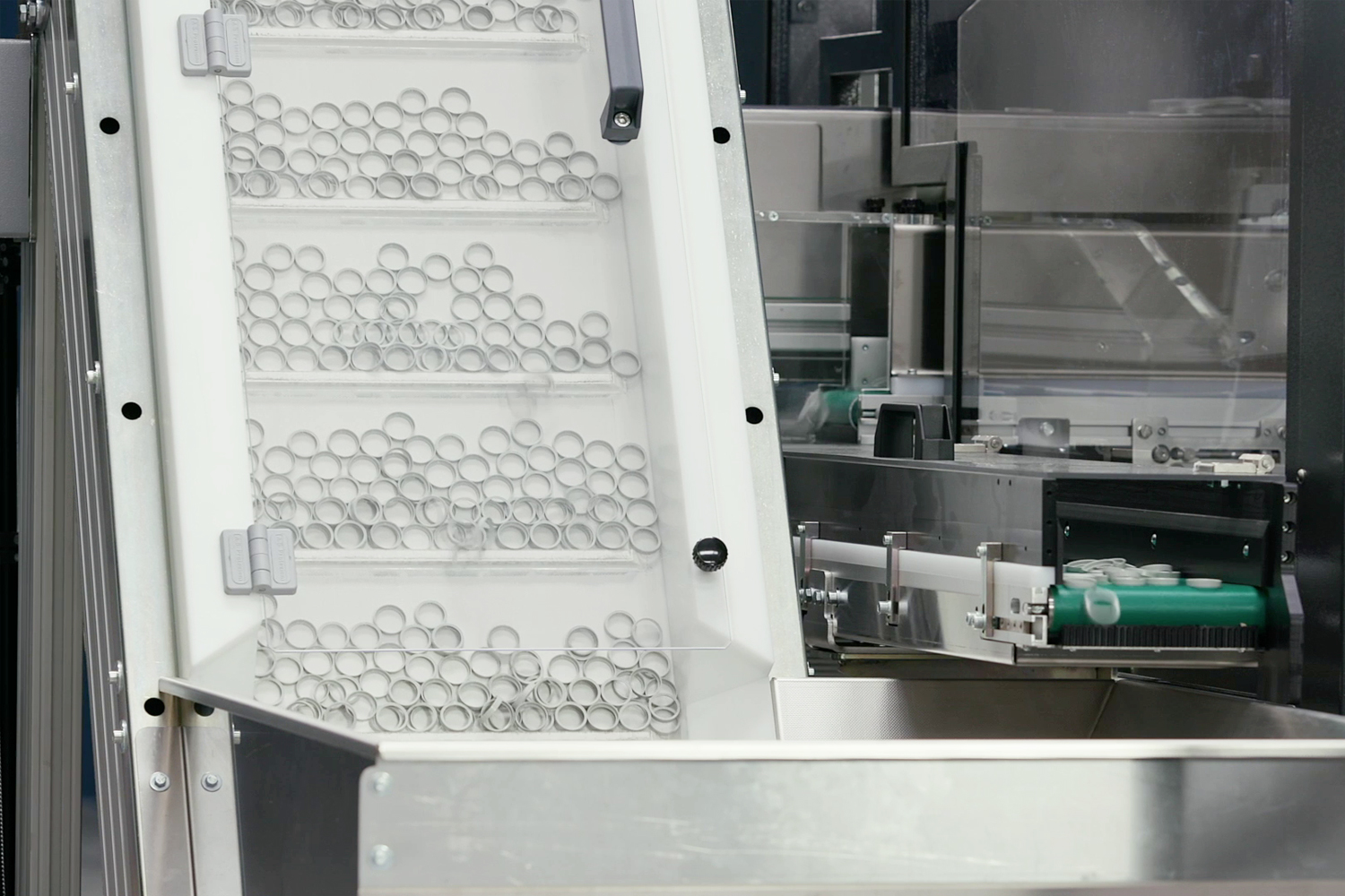 Sorting machine, sorting O rings for manufacturing, Doss visual solutions USA